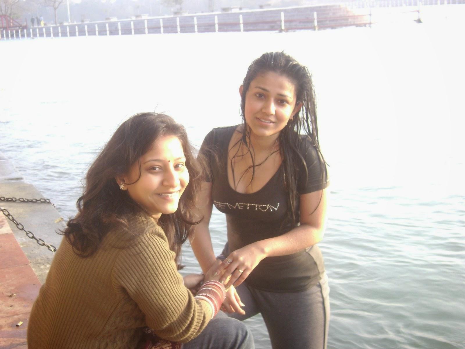 Indian girls hostel lesbian-6279