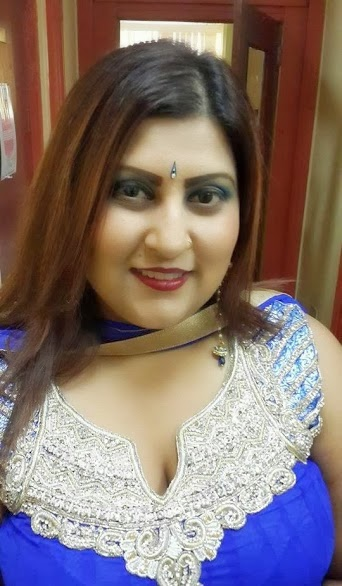 indian aunty Cute