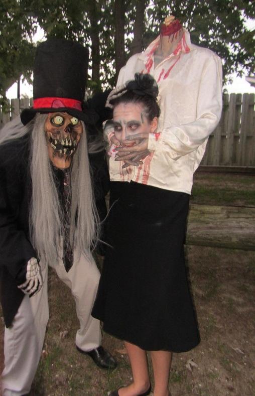 11 creepy halloween costumes craziest photo collection for Comcostume halloween homme original