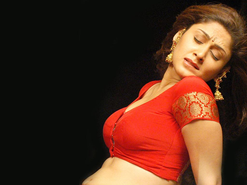 manjari hot stills in red saree craziest photo collection