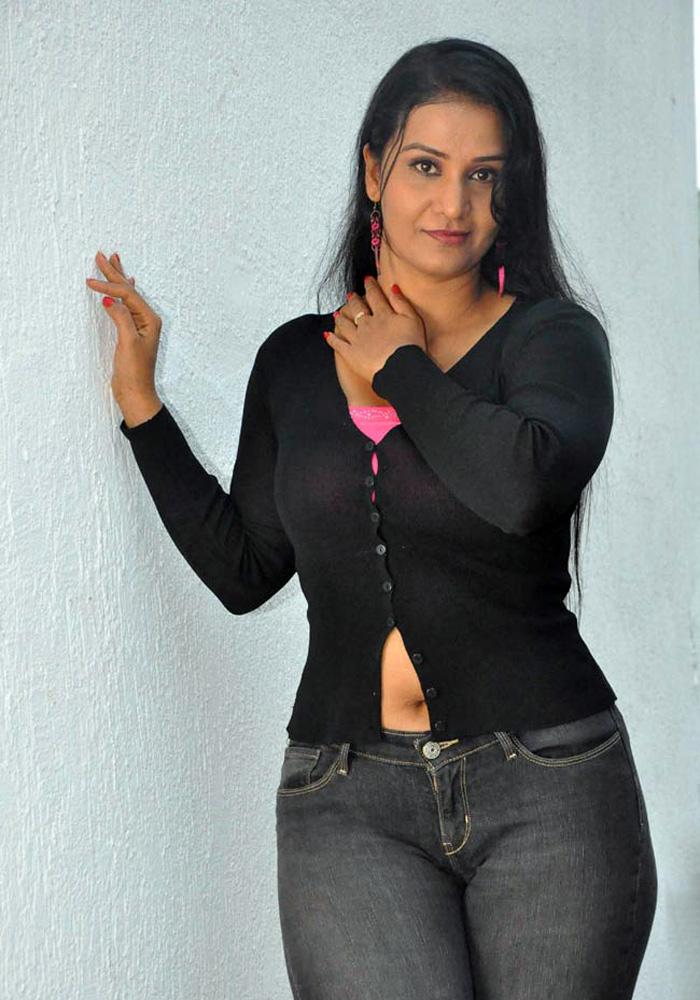 Anushka cum tribute - 4 7