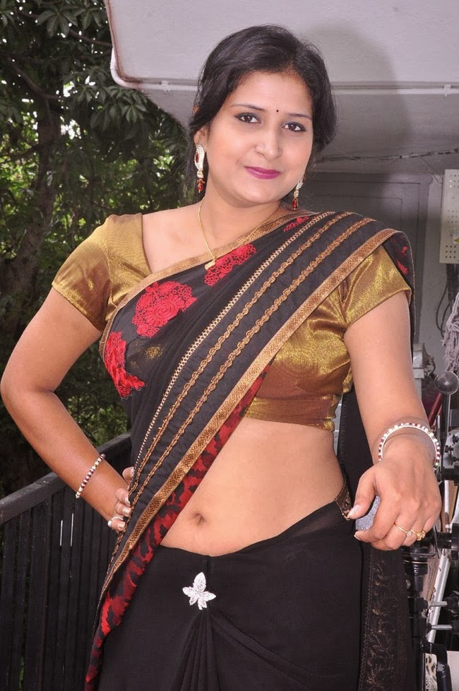 aunty pic hot indian