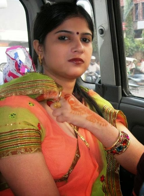 Hot indian housewives