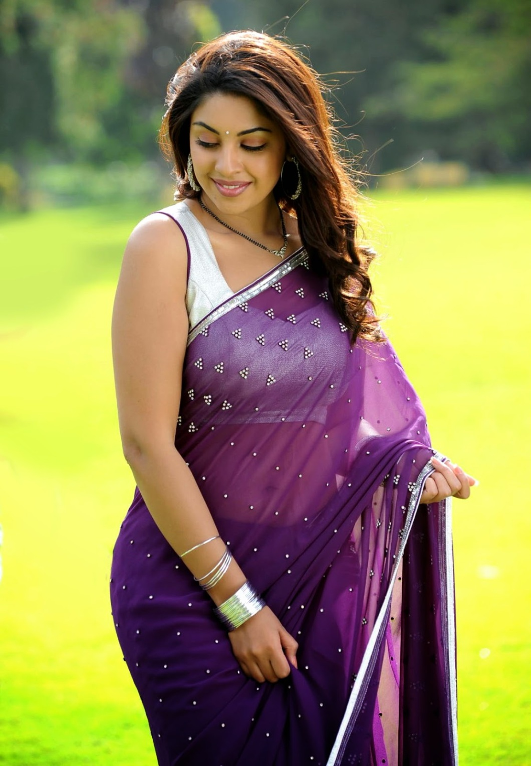 hot image of south indian actress in saree | imagewallpapers.co
