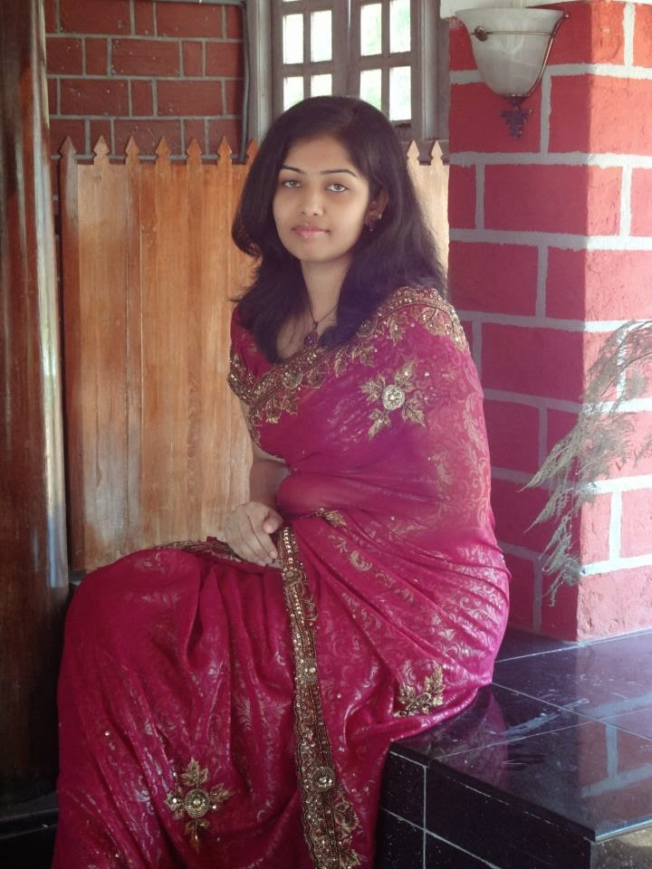 31 Indian Housewives And Girls In Saree  Craziest Photo -5386