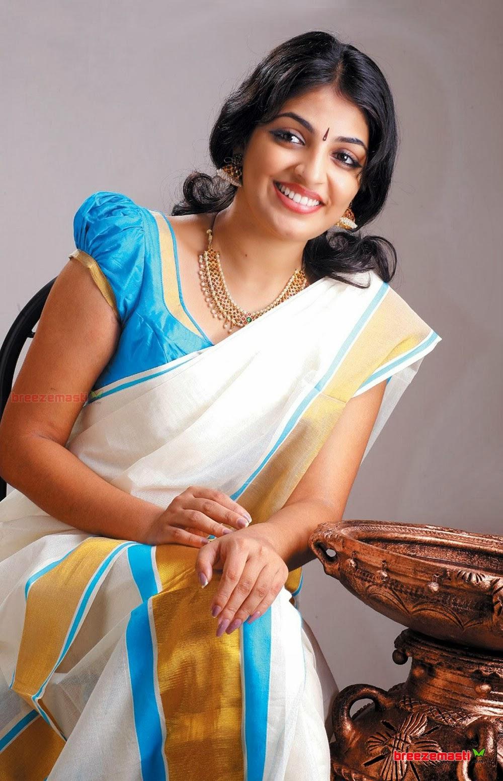 Tamil aunties realnude stills — img 14