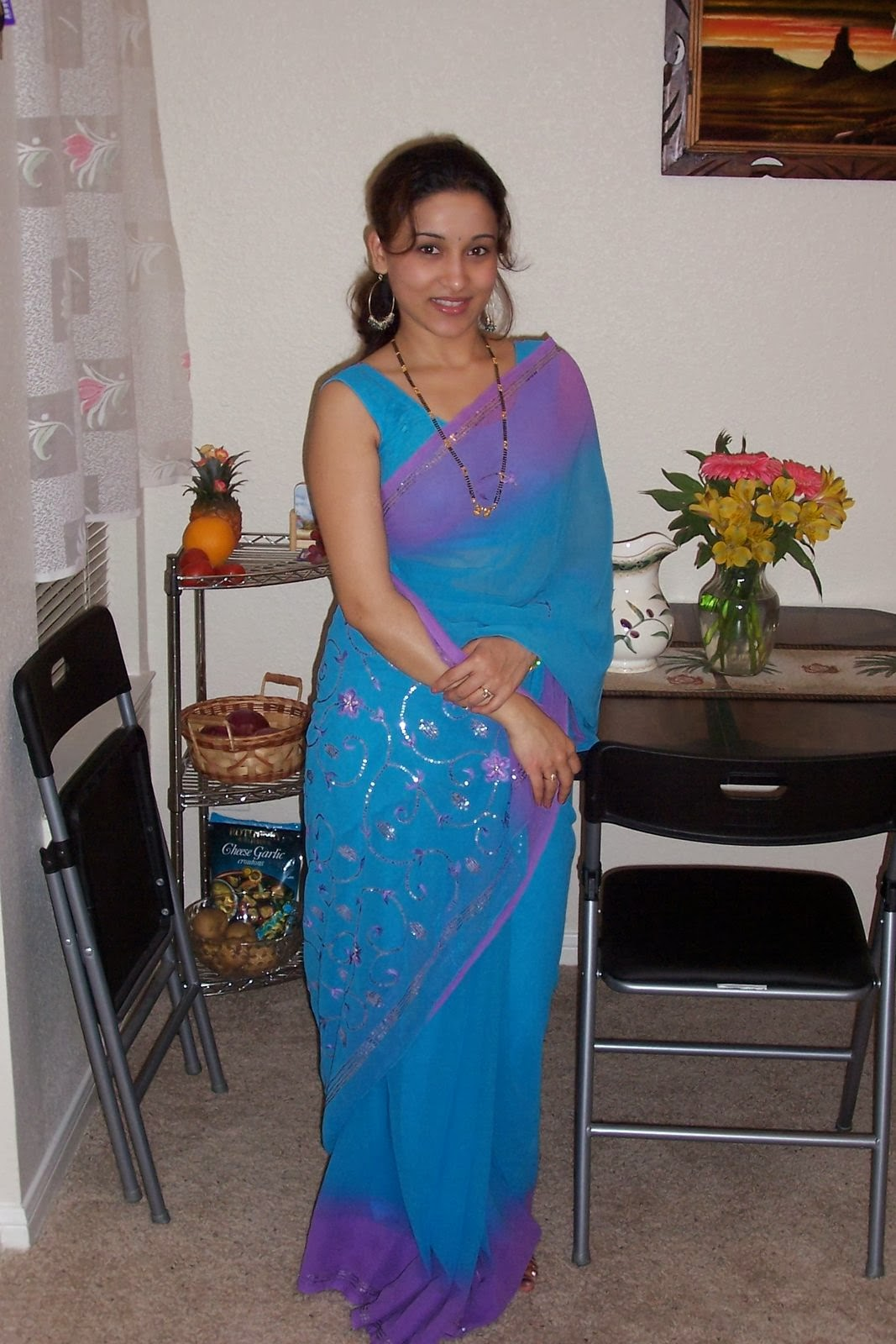 31 Indian Housewives And Girls In Saree  Craziest Photo -4436