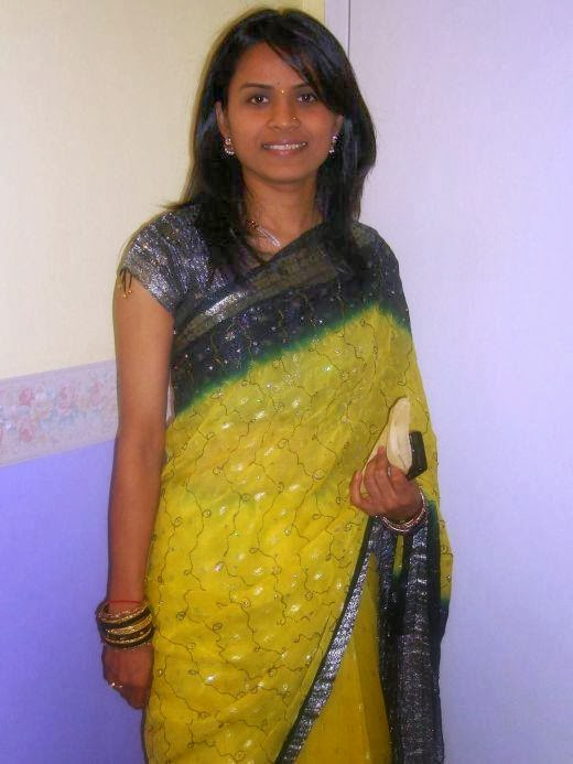 31 Indian Housewives And Girls In Saree  Craziest Photo Collection-9146