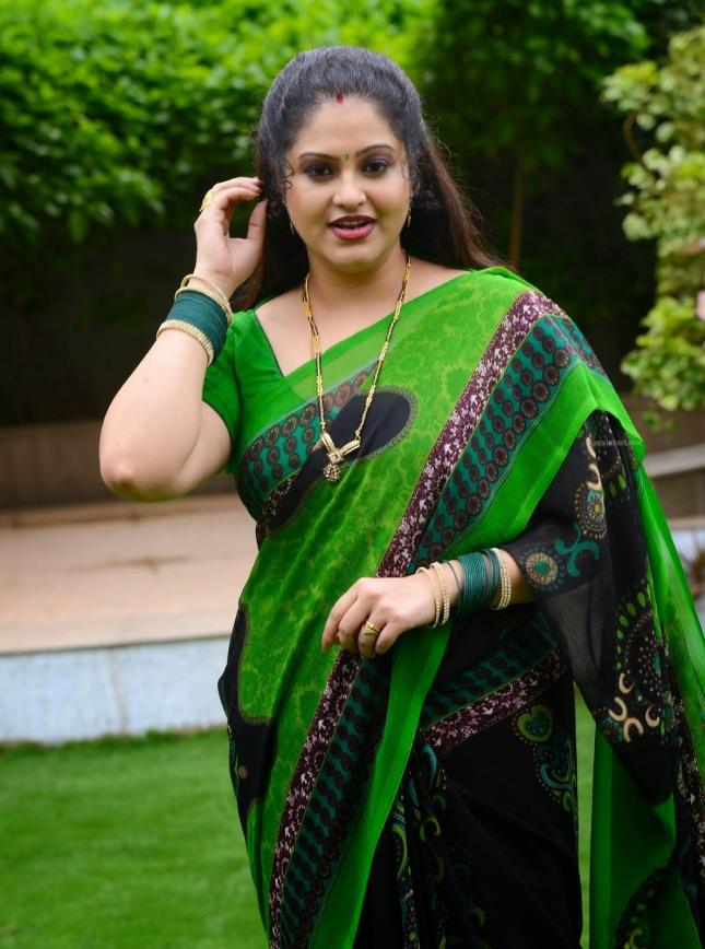 Latest Photos Of South Indian Actress Raasi In Green Saree -4491