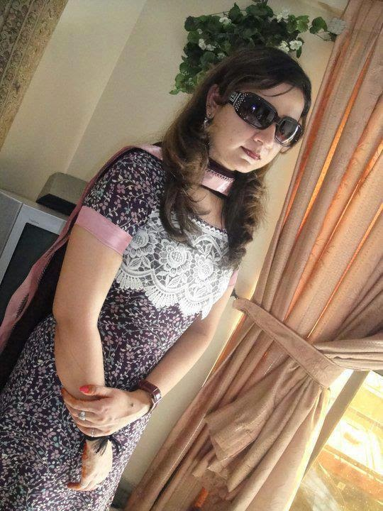 Facebook bhabhi hot woman
