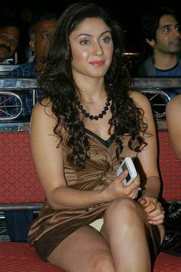 Indian actress upskirt