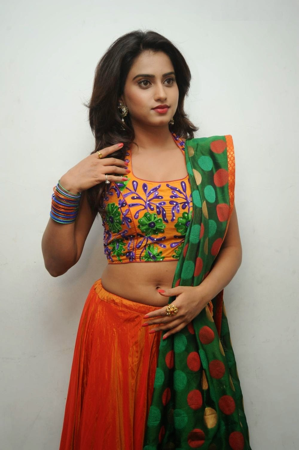 Dimple Chopda actress navel show